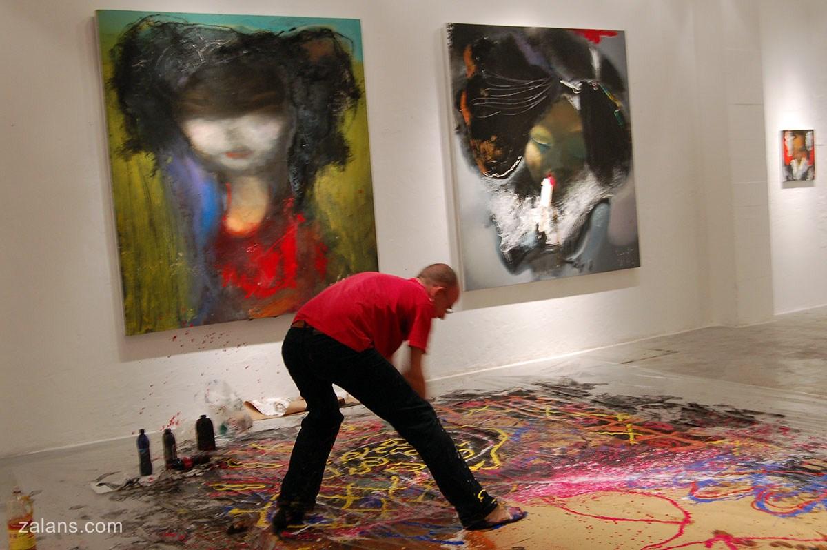 Exhibition-Eight-yellow2-China-2010